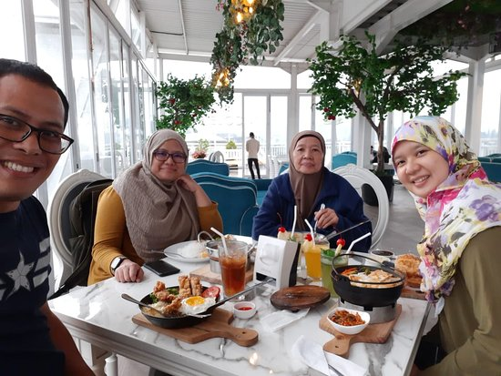Explore the city of Bogor in West Java with www*javaprivatetour*com and stop at nicoles which is very cozy, quite, and comfortable place and enjoying a variety of dishes with Indonesian archipelago menus to western dishes.