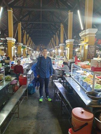 Food Court in Hoi An Wet Market
