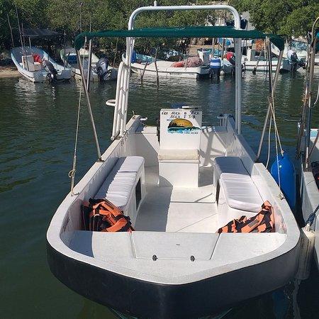 Holbox Island, Mexico: La presentación de la embarcación en su nueva faseta de viajes personalizados.