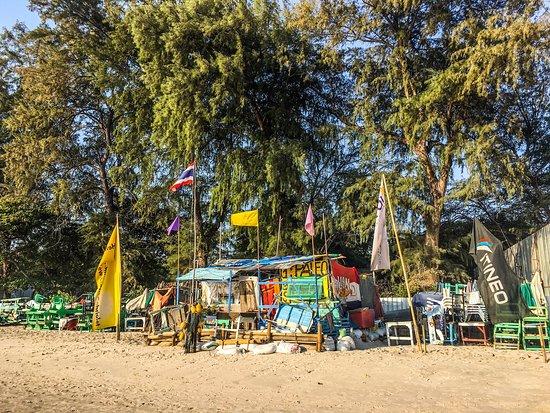 هوا هين, تايلاند: Beach hut Hua Hin beach 🏖