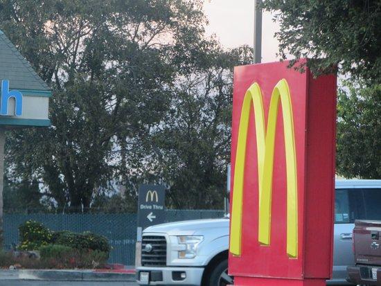 Gonzales, CA: McDonald's, Gonzalez, Ca