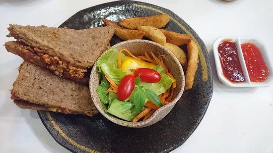 地道特色咖啡店三明治