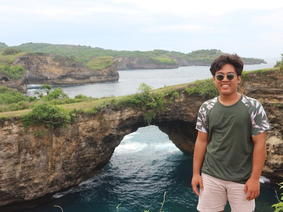 Nusa Penida, Indonesia: If you want to holiday in bali, lembongan island or penida island , please contact my whatsapp +6289 628 441 063 , i will give you a cheap price.