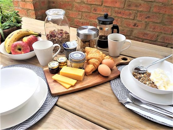 Continental Breakfast available to our guests