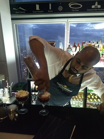 Biglietto di ingresso diretto a The View from The Shard : lovely cocktails, great barman