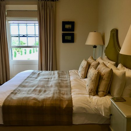 The Victoria Inn, Holkham: My Bedroom (Room 1, Hare Clump)