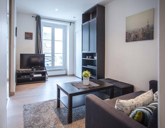פריס, צרפת: 1 Bedroom apartment in rue Forge Royal Paris available to rent out from 2 Jan