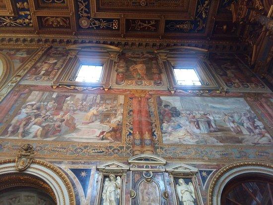 Rome, Italie : Basilica di San Giovanni in Laterano - Affreschi !