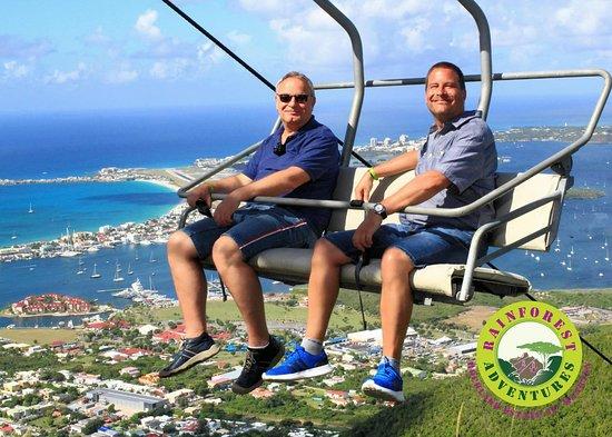 Foto de Sky Explorer y Flying Dutchman con traslados desde el muelle