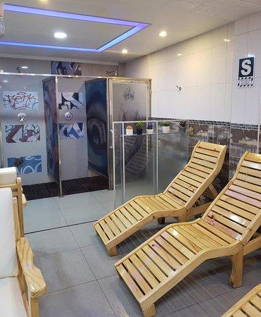 Amplios salones de descanso