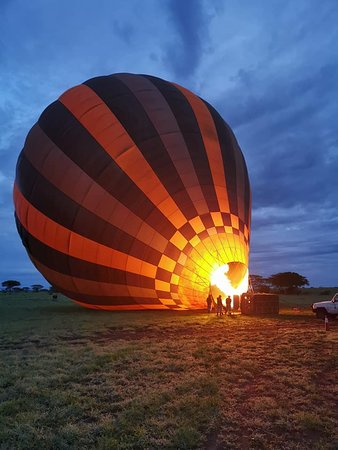 Half-Day Hot Air Balloon Safari and Breakfast in Serengeti: Exciting just before takeoff