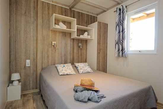 chalet 4 personnes--chambre lit double