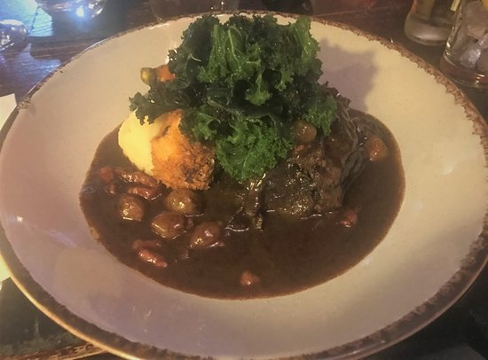 St. John's Town of Dalry, UK: Beef cheek with mash potato, allotment kale, crispy oxtail and beef carrot on bourguignon sauce.