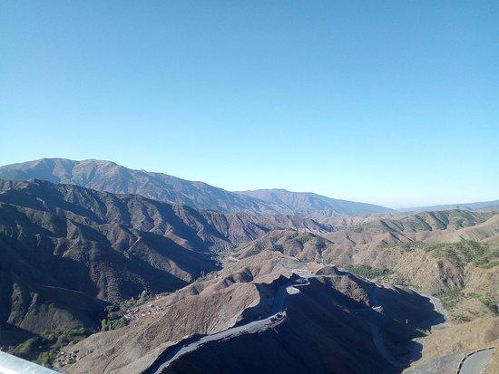 Saharaemotions4x4 Wüstentour Desert Trekking /Chauffeur/ Toyota Prado Wildcampen: die landschaft ist wunderschön