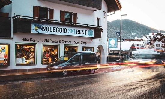 Nova Levante, Italia: Sport Laurin - Ski & Bike