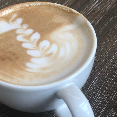 Frank & Roze salted caramel latte