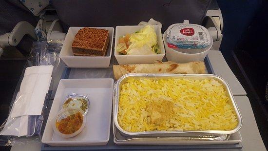 Saudia Airlines: Food