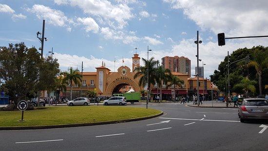 Santa Cruz de la Sierra, Spain: Entrada do mercado La recova de Tenerife