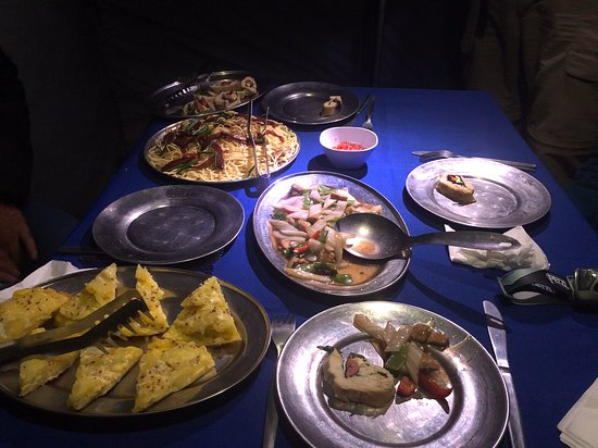 Salkantay Trek Via Inca Trail 4 Days And 3 Nights: Typical wonderful healthy meal. Dinner and way too much to eat.