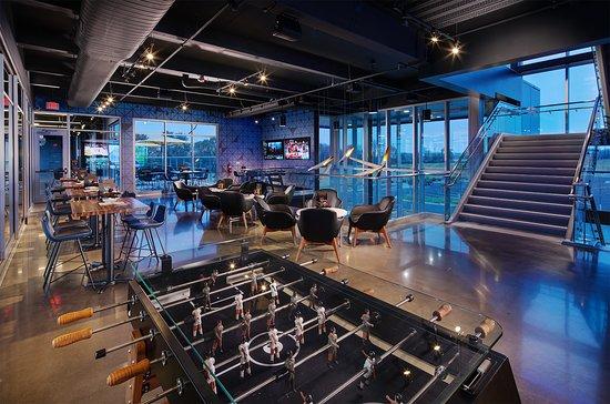 Topgolf Schaumburg Upper Level Lounge
