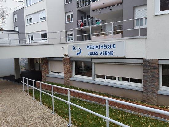 Mediatheque municipale Jules Verne