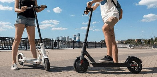 Visit Palma de Mallorca with an electric kick scooter for only 4,90€ 1 hour .
