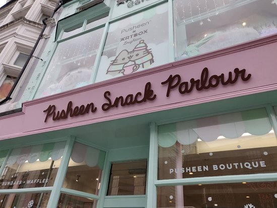Pusheen Snack Parlour