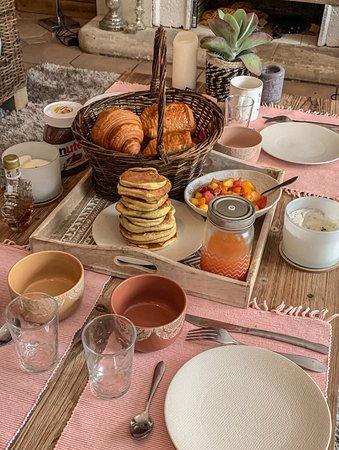 """Pordic, France: Formule """"Summer Breakfast"""" pour 4 personnes"""