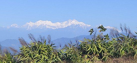 Mt. Kanchenjunga in cool mood.