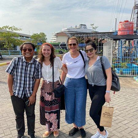 A day shore excursion from semarang port to Borobudur