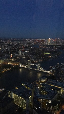 Biglietto di ingresso diretto a The View from The Shard : London beginning to light up