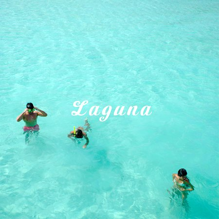 The Nimfa allows you to relax in total bliss as we glide you around the blue lagoon.