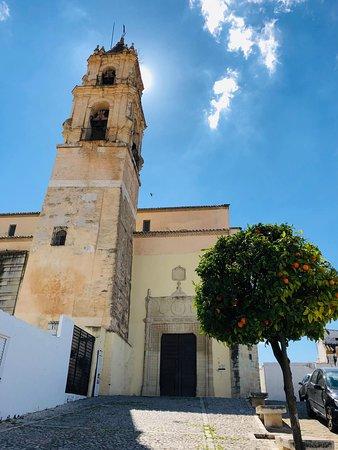 Another view of Iglesia de Santa María la Mayor in Baena.