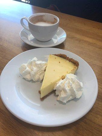 Great KeyLime pie.