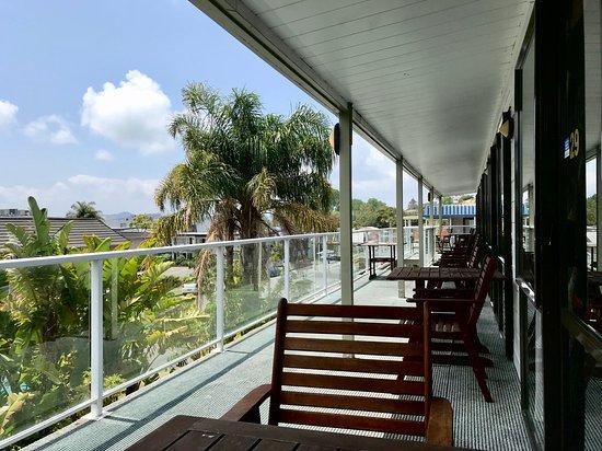 Tripadvisor - Entrance of Motel.Very close to Waterfront - صورة ابونتي موتل، Paihia