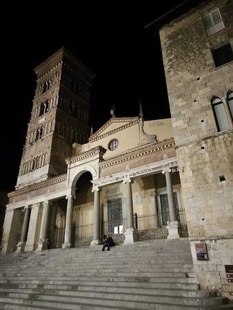 Duomo di San Cesareo, Terracina