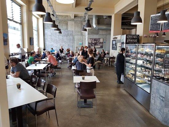 Gutes Cafe