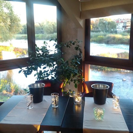 A place for dinner, party, celebration and many more by the coast of the river