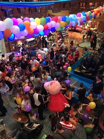 Costa Luminosa: Kinderparty mit Peppa Pig