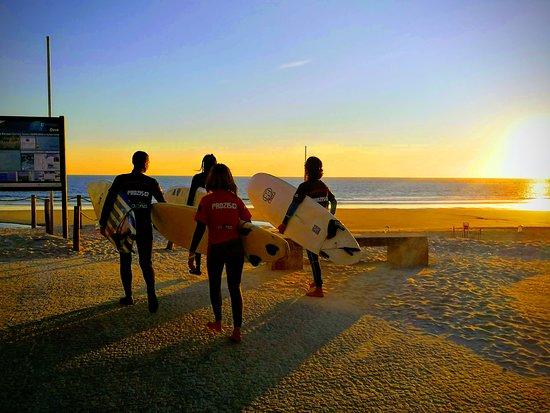 Ofir, Portugal: Sun set surf sessions
