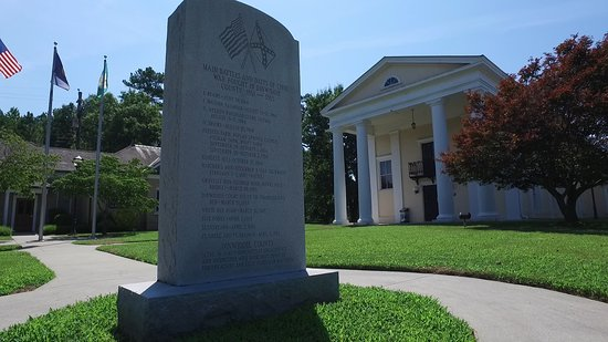 Dinwiddie Historic Courthouse