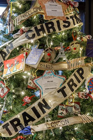 Knights of Columbus Museum: Christmas in Europe