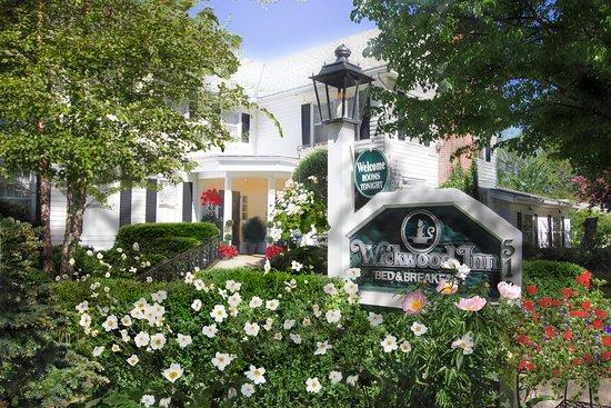 Wickwood Inn