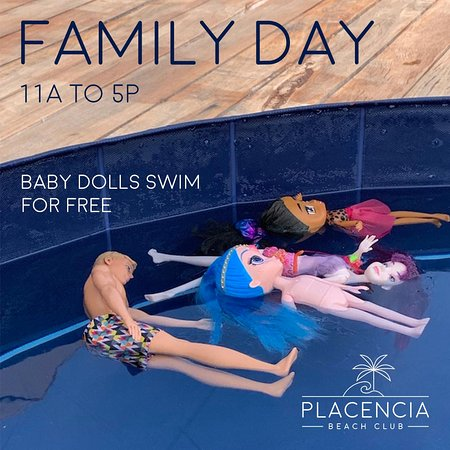 Family Day is every Wednesday and Sunday.  This means that children under 13 can come enjoy the pool and beach.