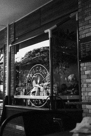 Monica's Cafe