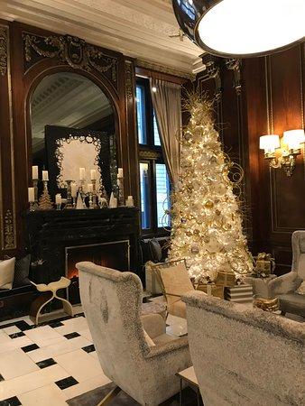 Lobby Christmas decorations