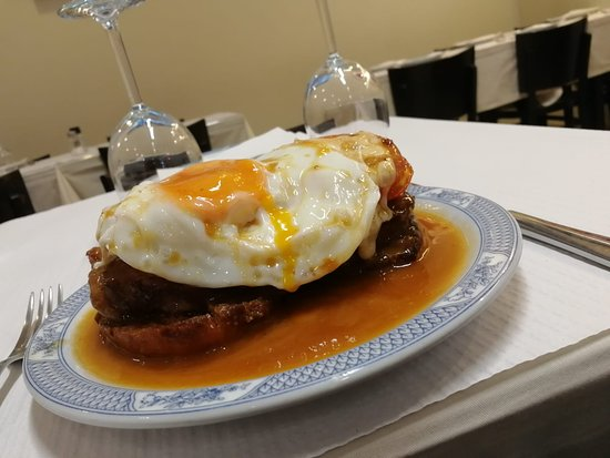 Tornedó; Beef with cheese and egg; Carne de Vaca con queso y huevo; Boeuf au fromage et à l'œuf. 15€