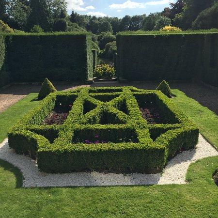 Biddulph Grange Garden: The Parterres, The Mosaic Parterre