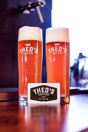 Holen Sie sich die Theo's Bierkarte und zapfen Sie Ihr Bier an unsere Beer-Wall-Tap