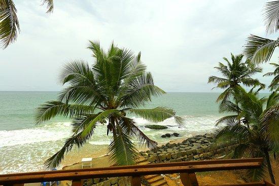 OYO 6031 The Waters Edge Beach Resort